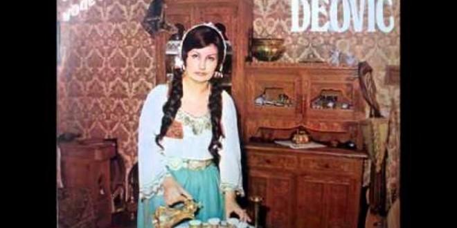 Jedna je od najpoznatijih izvođača sevdalinki u BiH Zehra Deović preselila je na ahiret jučer u Sarajevu u 77. godini života.